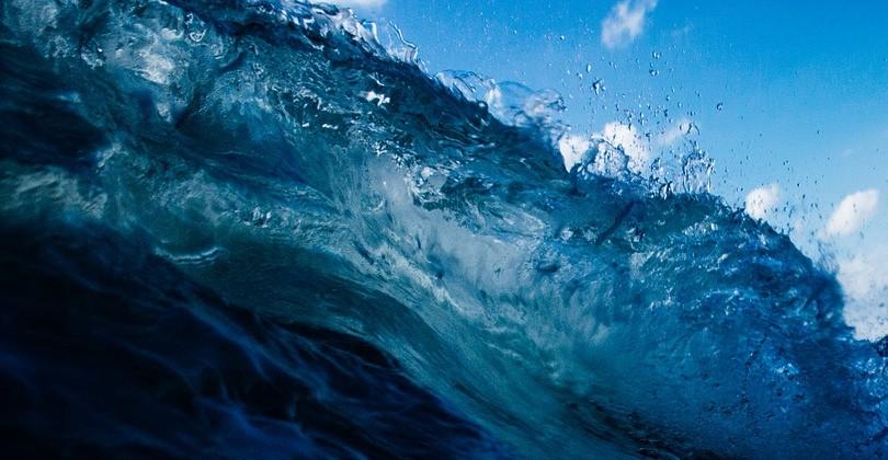 Tipos de olas que todo surfista debe conocer.