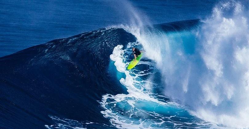 Un buen surfista debe conocer cuáles son las partes de una ola y los tipos de ola más comunes.